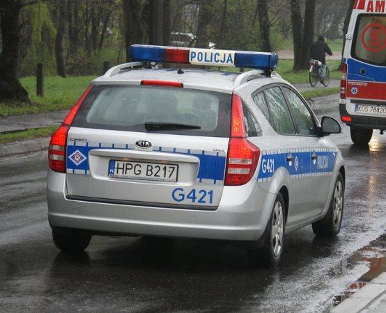 Policja Legnica: Policjanci odzyskali skradzione samochody z terenu powiatu legnickiego