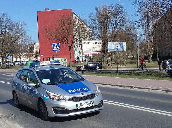 Policja Legnica: Wielbiciel borówek amerykańskich w rękach chojnowskich policjantów